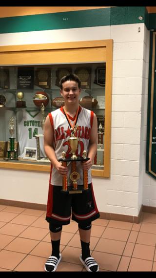 PHOTO_Tournament MVP_ Chandler